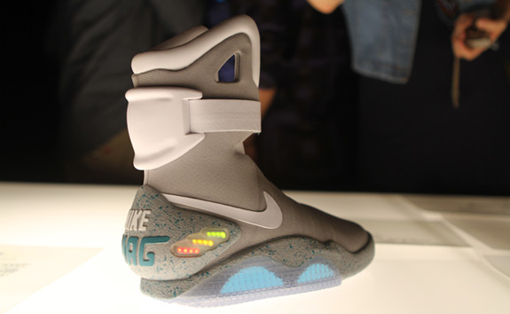 """new product 93060 94efa A few moments ago, Nike officially unveiled the Nike Air Mag AKA """"Marty  McFly"""" shoe. Nike announced that 1500 pairs of this shoe will be auctioned  on eBay, ..."""