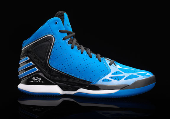 pretty nice eeab0 7a501 Check Out The Adidas Rose 773 Basketball Shoe