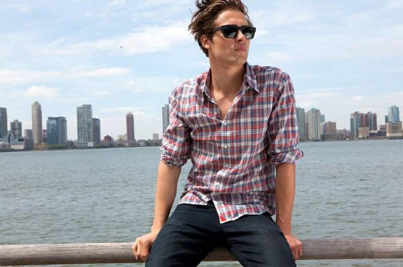 Guys Wearing Button Down Shirts | Artee Shirt