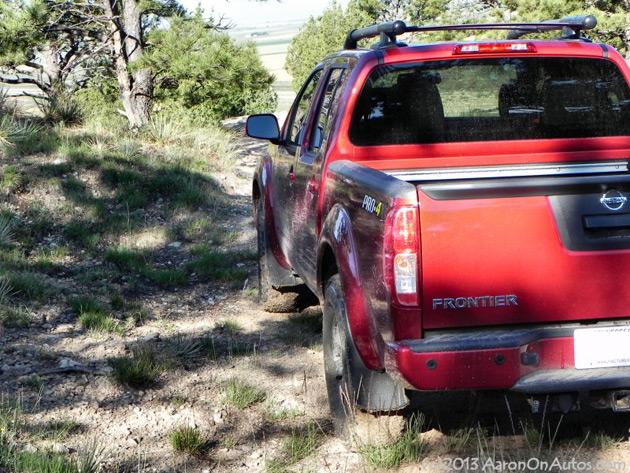 2013-Nissan-Frontier-Pro4X-3