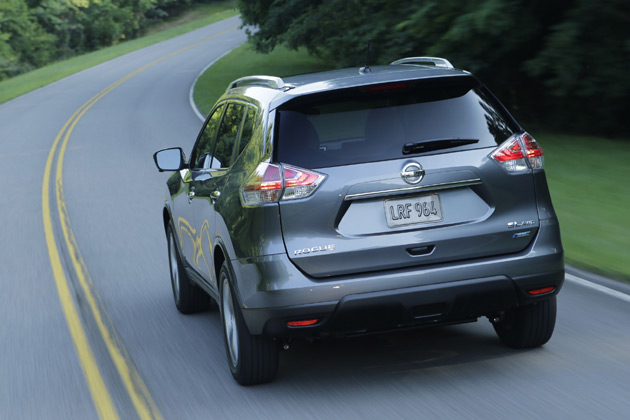 2014-Nissan-Rogue-4