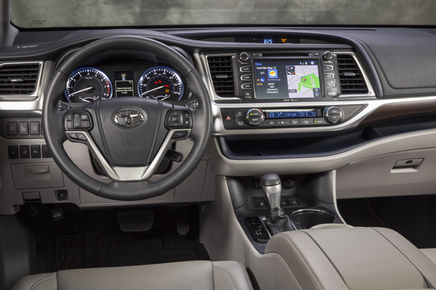 2014-Toyota-Highlander-Interior-1