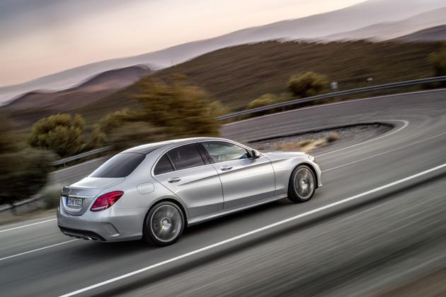 2015-Mercedes-Benz-C-Class4