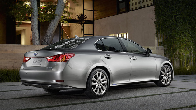 2014-Lexus-GS450h-2