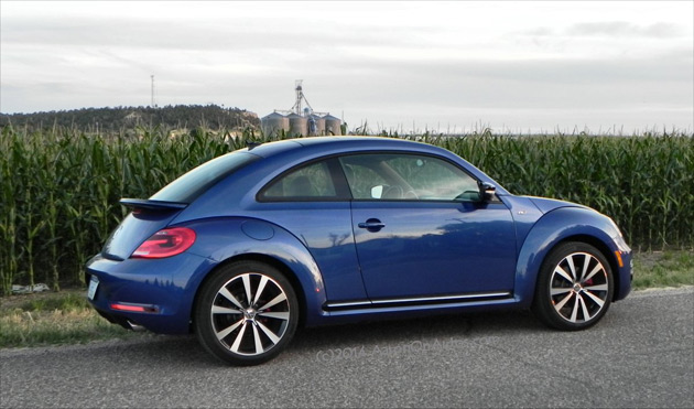2014 volkswagen beetle r line is way manlier than expected. Black Bedroom Furniture Sets. Home Design Ideas