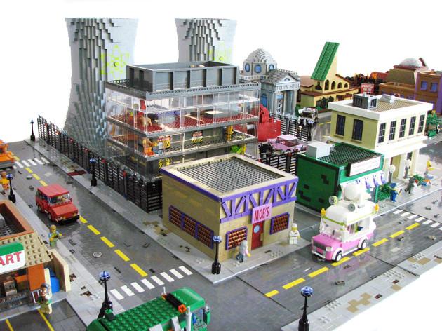 TheSimpsons-LEGO-2