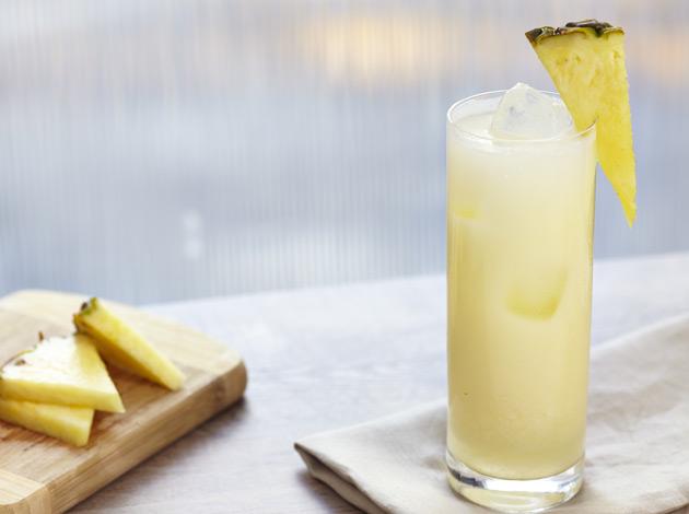 White & Pinapple, Splash of Soda